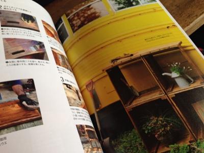 オールドテイストの家具と庭3
